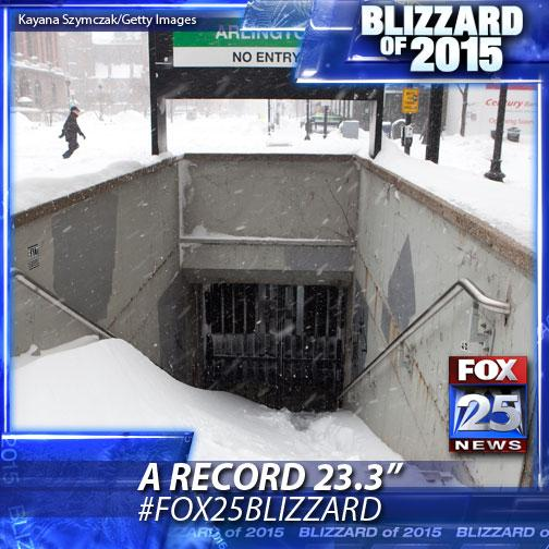 WATCH LIVE: The storm is pulling out. Latest forecast from @klemanowicz - http://t.co/ghhFIL9Suf #fox25blizzard http://t.co/NwK496Sw72