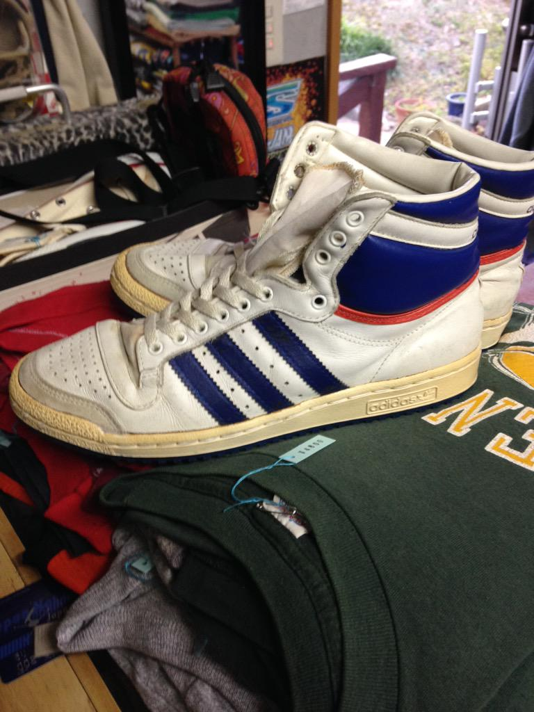 "Top Ten Sparring Gloves In Red Used By World Champions: USED CLOTHING STRIKE On Twitter: ""New! 80s Adidas Top Ten"