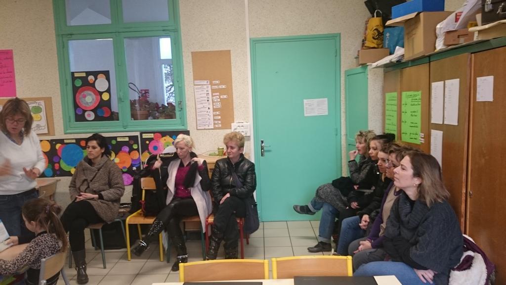 Les parents présents à l'école Ferry  @VilleStDizier #forumatice #EcoleNumerique http://t.co/rLPLCGNsUY