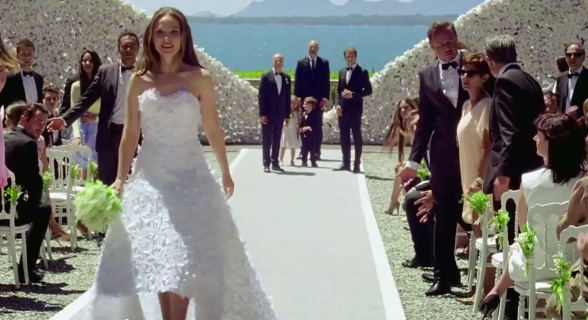 Watch Natalie Portman Strips Out Of Her Dior Bridal Gown And Flees Wedding