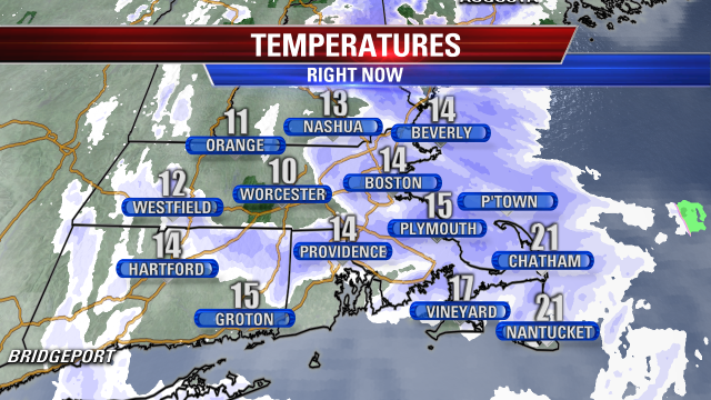 YUP... snow is STILL Falling! Darker shades of blue... steady & adding up! Snow will wind down overnight #Fox25 http://t.co/wnZztk9kEK