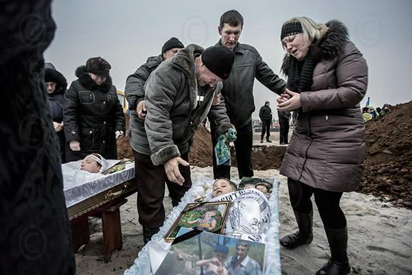 """""""Ужасные последствия кровавого обстрела Мариуполя. Путин убил ни в чем не повинных украинских граждан"""", - Шкиряк - Цензор.НЕТ 300"""