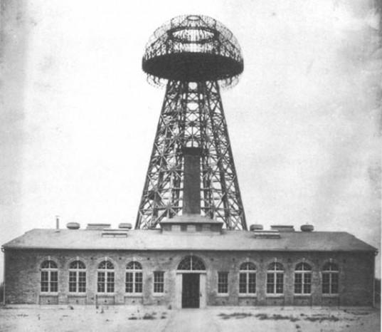 FOTO Storica: La Torre di Tesla