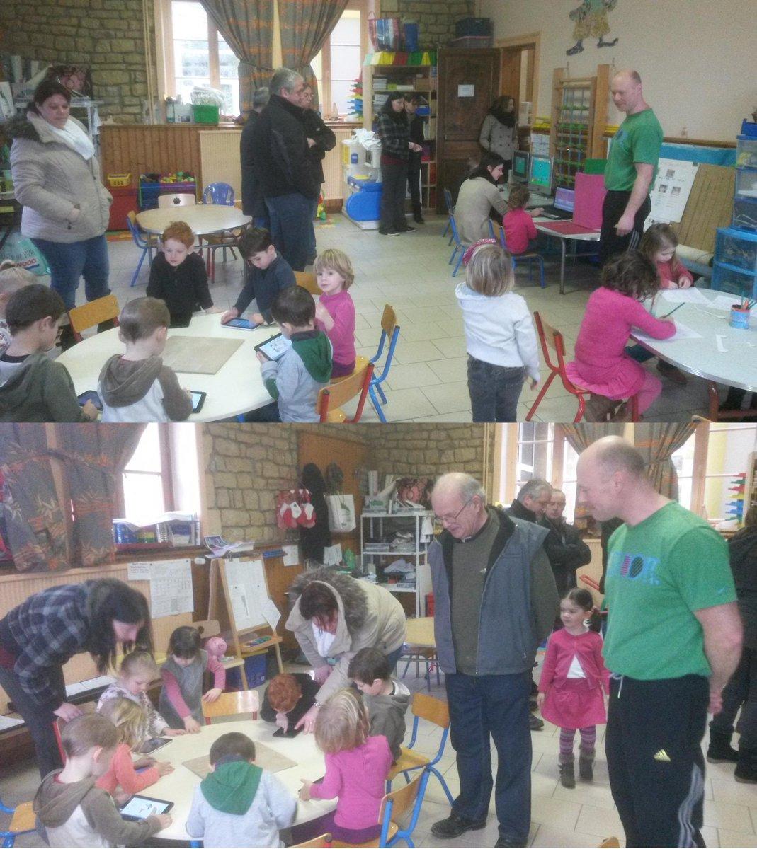 """#forumatice Matton : M Ledoux a reçu élus et parents d'élèves dans sa classe de maternelle pour 1 séance """"numérique"""" http://t.co/4LGYgYntFY"""