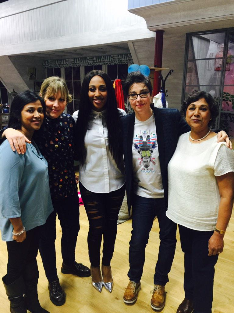 Great time today on @MelandSue ! Thanks to those who joined in!! ❤️ http://t.co/s9xpkRcmwR