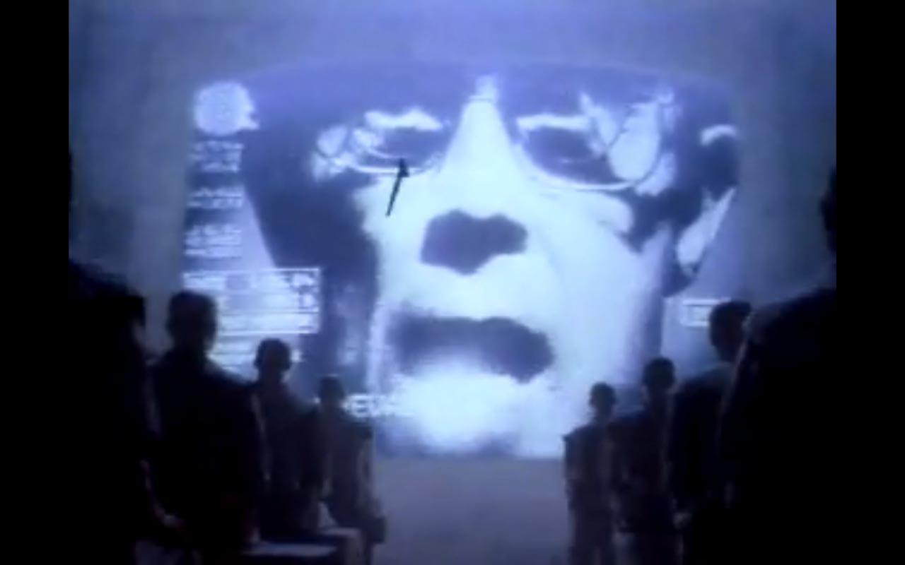 "Super Bowl #Throwback! Apple's famous ""1984"" spot is regarded as a masterpiece of advertising http://t.co/s6DQt8R6UA http://t.co/qYP1jqWRc9"