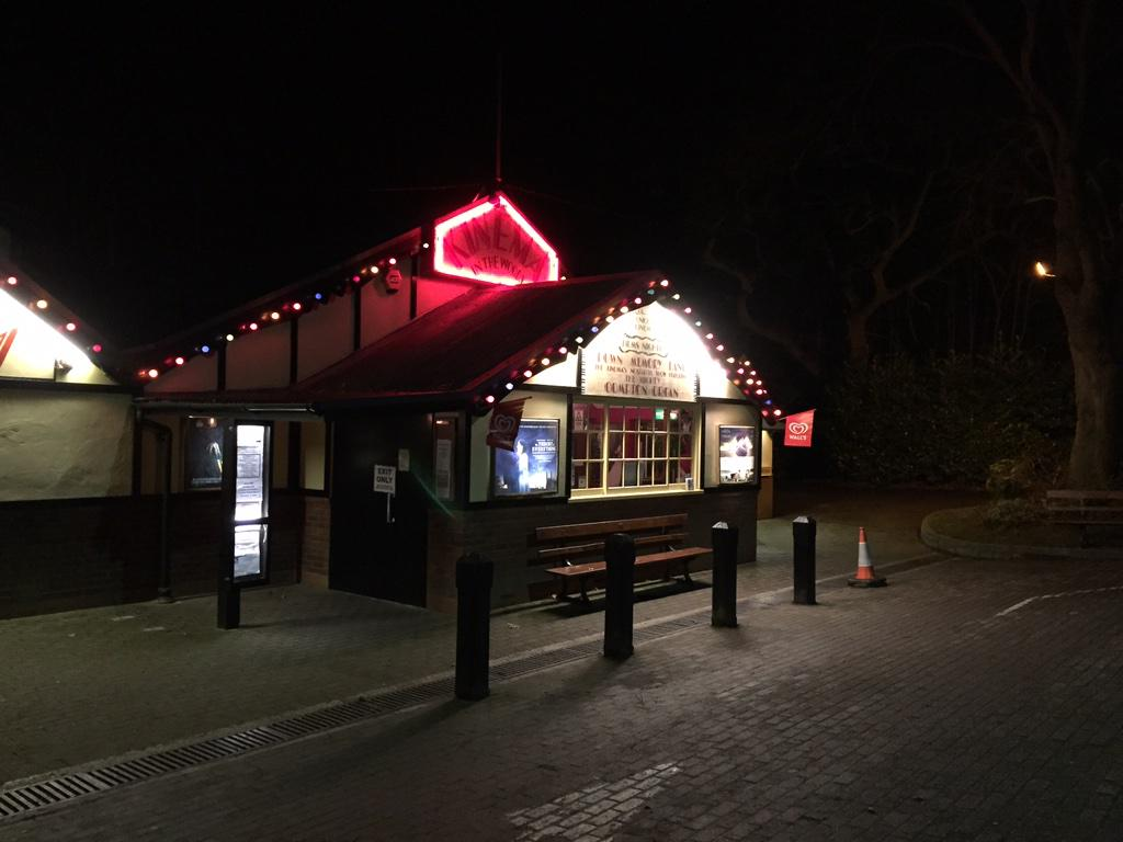 Just had our first @thekinema experience. It was brilliant - how watching a film should be! http://t.co/dcenhlk2sp