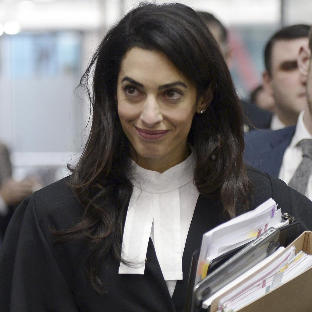 Yes, if you were curious, Amal Alamuddin DOES know who designed her legal robes: http://t.co/stpLOX2yka http://t.co/JtwufDEt4Q