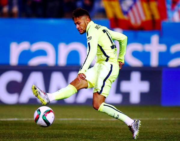 Neymar Scoring Against Atletico