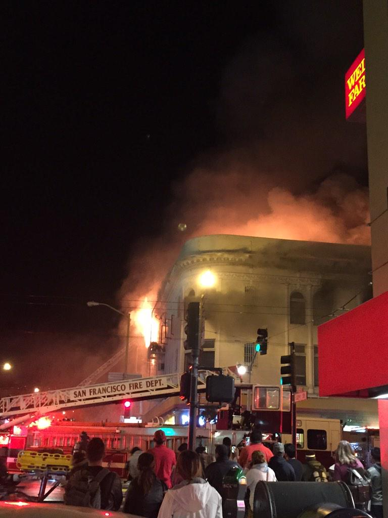 Fire on 22nd and mission. Apts above Popeyes. Fire dept in full force. http://t.co/QDtY1pW4Sq