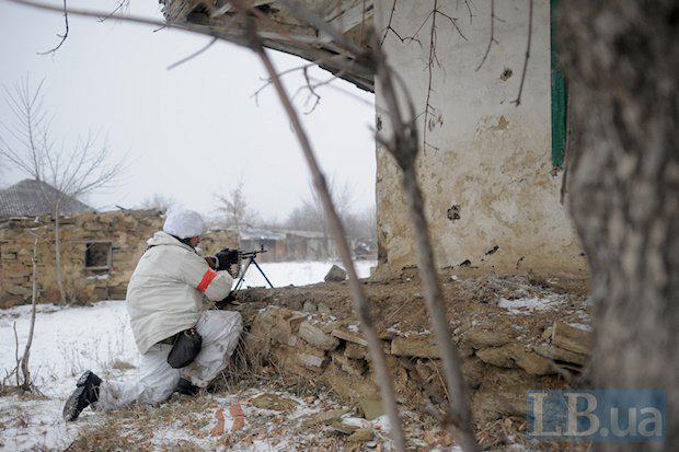 Ситуация на Донбассе остается крайне напряженной. Наши воины сдерживают атаки по всей линии фронта, - Порошенко - Цензор.НЕТ 9659