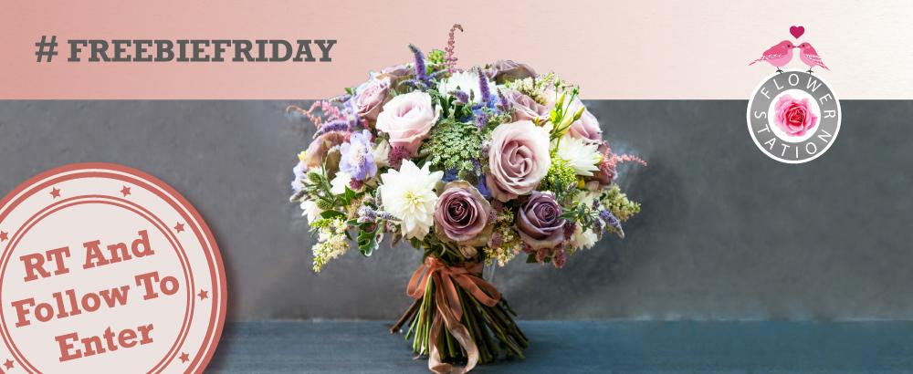 It's #FreebieFriday! RT and follow for a chance to #win this stunning luxury bouquet! Ends 9pm tonight on 30/01/15. http://t.co/dlovrqE4qA