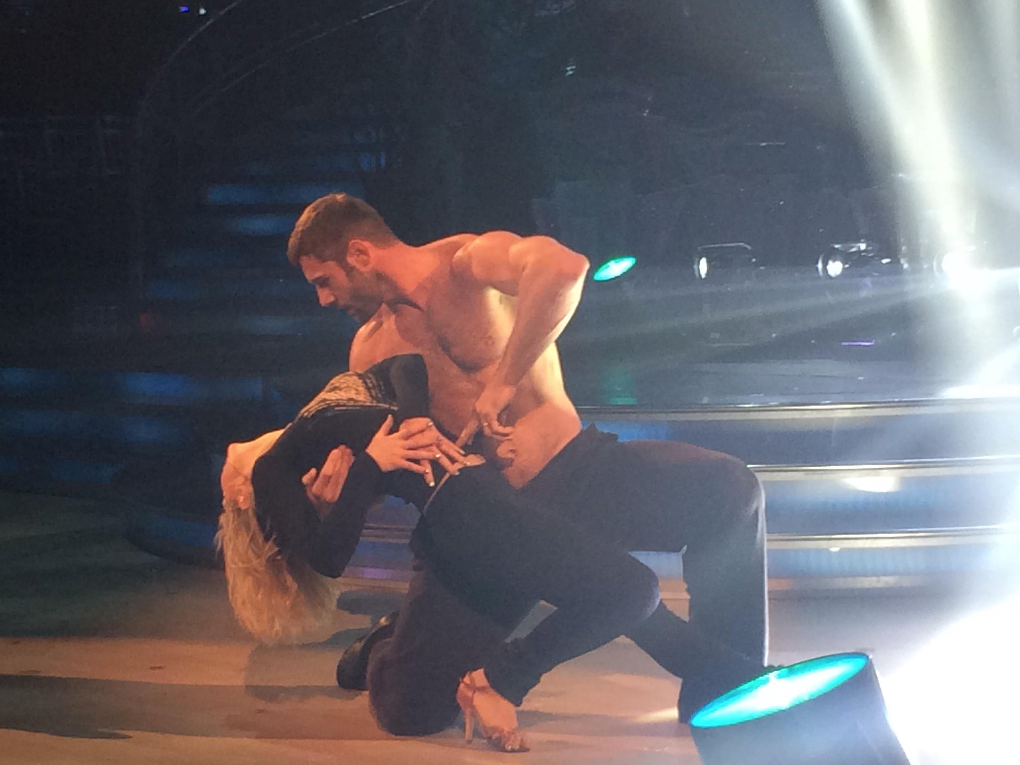RT @Richardbbc: A torsotastic Throwback to Strictly rehearsal day for @RugbyBenCohen and @KRihanoff http://t.co/c2UH1Ssvyp