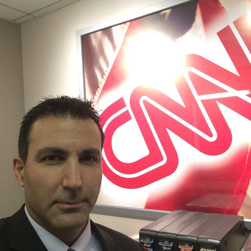 On @ErinBurnett show discussing Measles. Can't believe there r docs out there who r against vaccination @KeckMedUSC http://t.co/zChcGf5LNa