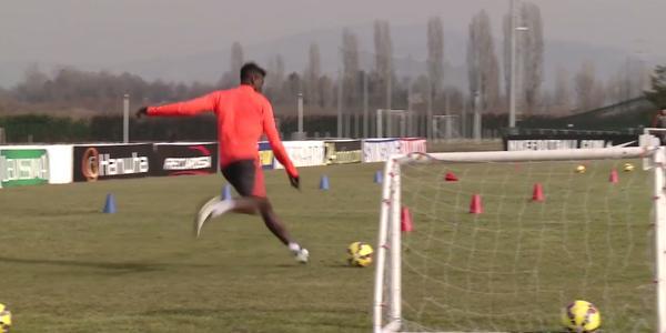 Ultime Notizie. Juventus Video: Allegri batte Pogba 5-2 in allenamento