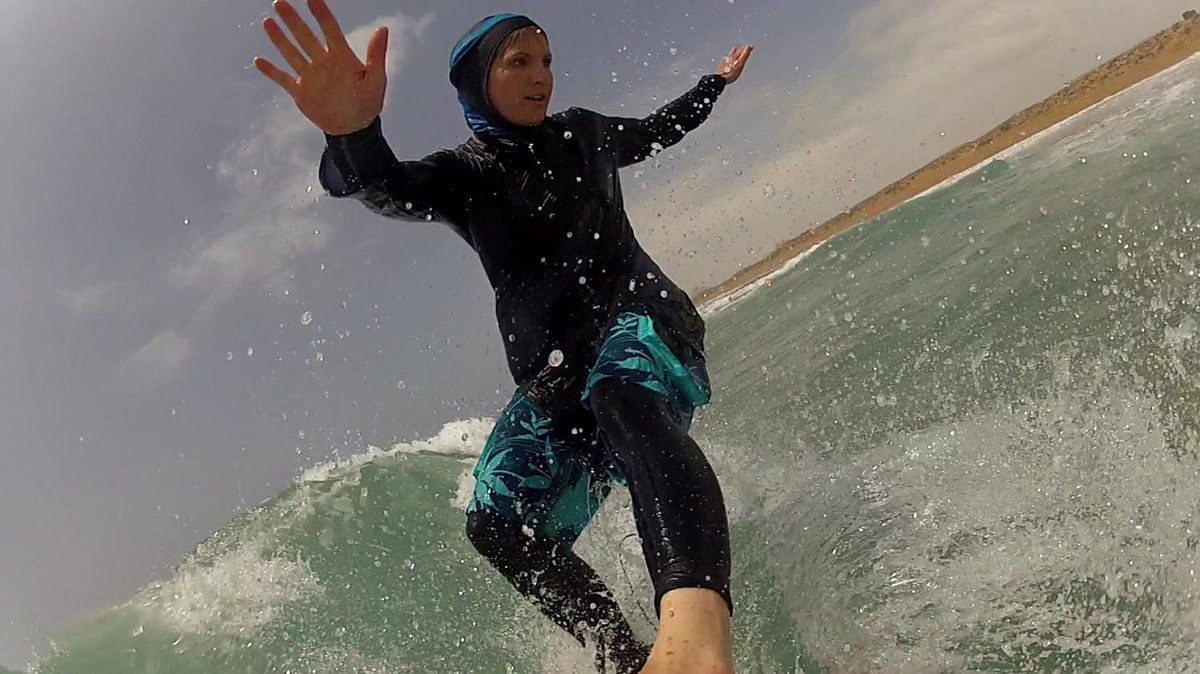 Award winning film records birth of women's surfing in Iran @easkeybritton @XTremeVideo  http://t.co/zdFB9dDD4B http://t.co/0pSvu1Jsxj