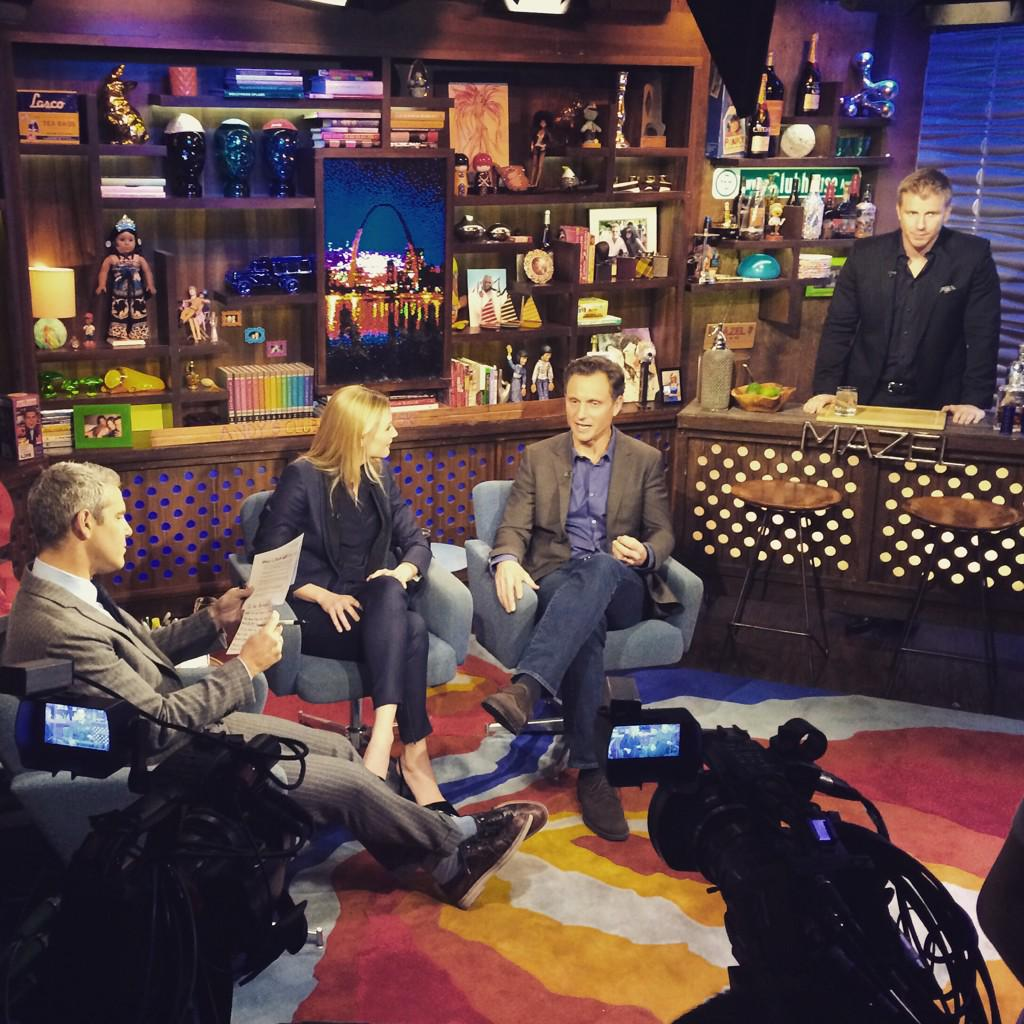 Behind the scenes @BravoWWHL with @Andy @SeanLowe09 @JenniferNettles @tonygoldwyn #RightReasons http://t.co/SDvBvJLDvK