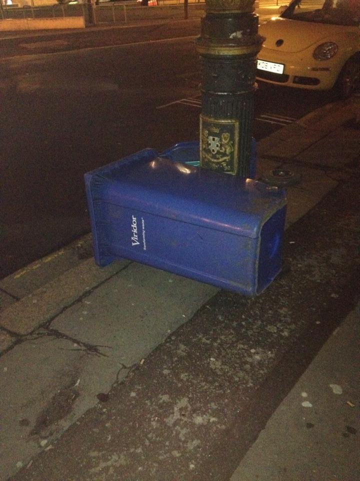 BREAKING: Wheelie-bin blown over by the wind on Plymouth street http://t.co/NtpGsqNtF1 http://t.co/ilHMuT1ajn