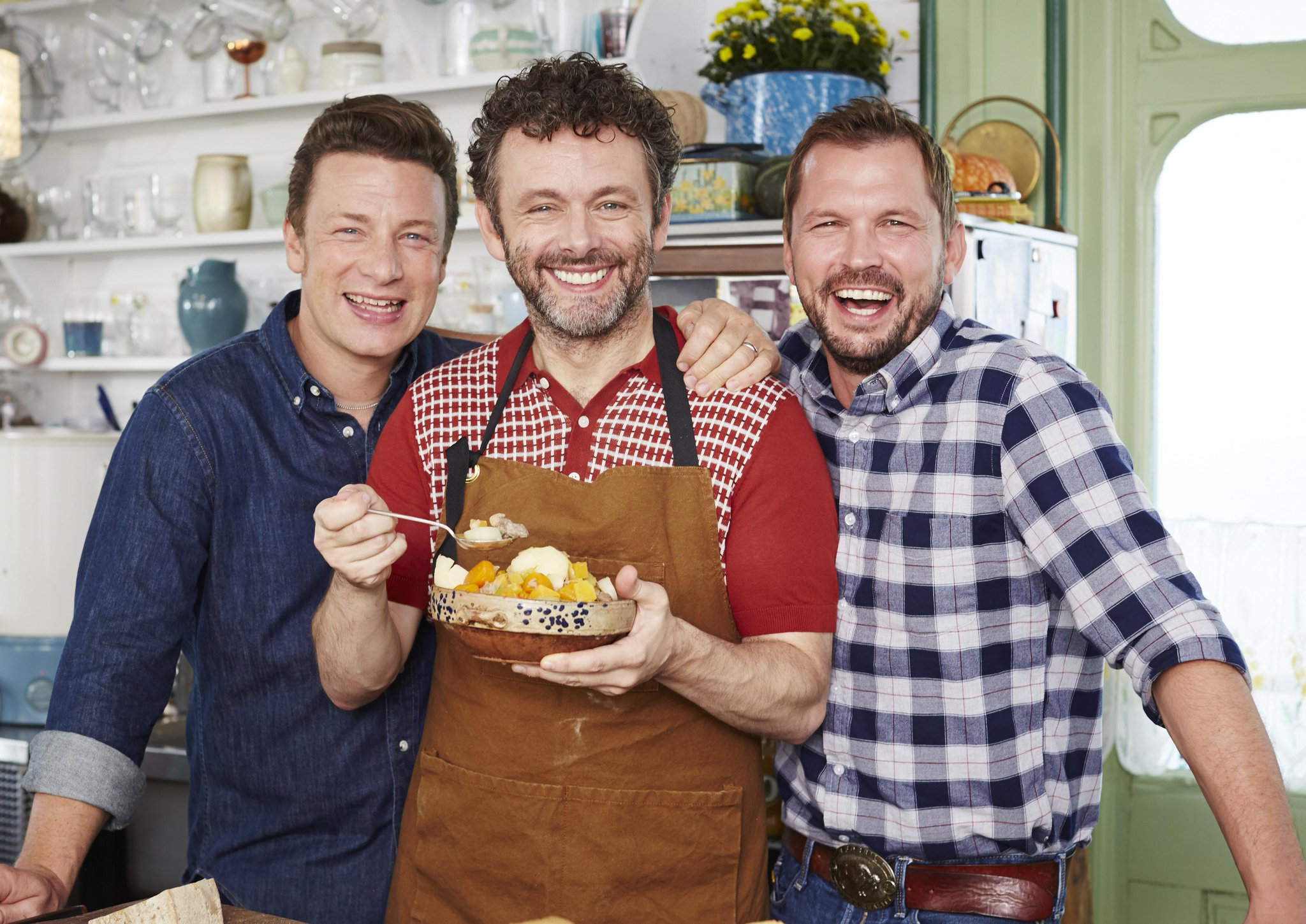 Top lad @michaelsheen joins me and @jimmysfarm on tonights #FridayNightFeast @Channel4 8pm! http://t.co/HNZ57zUkTq http://t.co/Xc5oRLS5q0