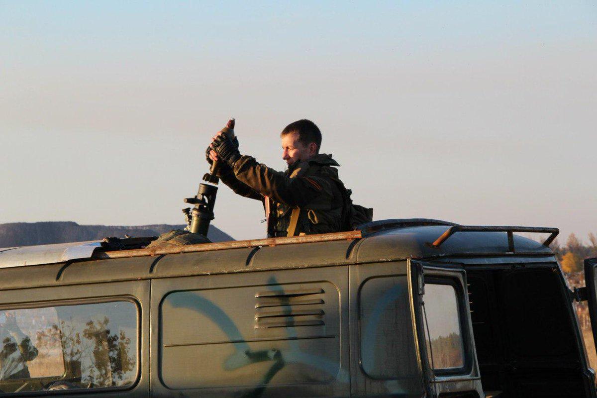 Террористы не прекращают артобстрелы Дебальцево: прямые попадания в жилые дома - 7 мирных жителей погибли, - МВД - Цензор.НЕТ 6922