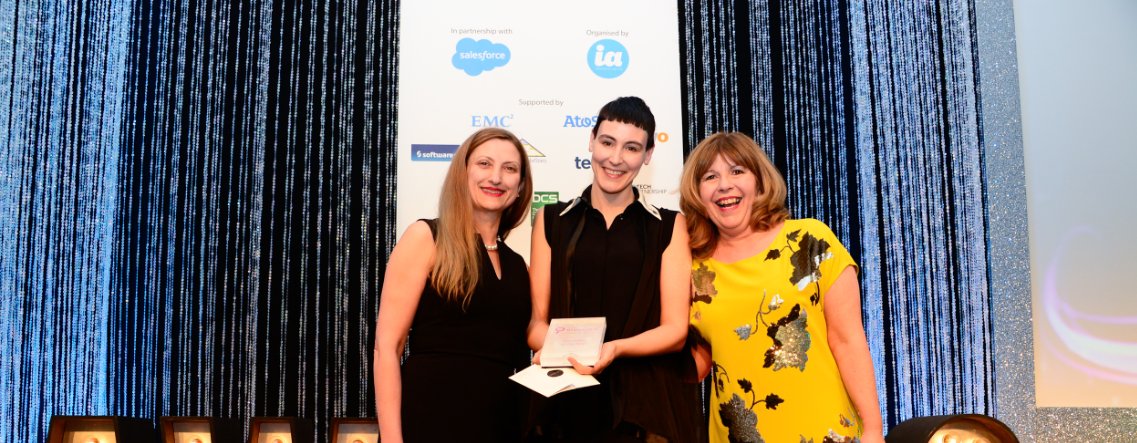 Whoop! Unruly scoops 'Innovator Of The Year' at Women In IT Awards http://t.co/lHsHeKZEoT http://t.co/EA88SKCbs6