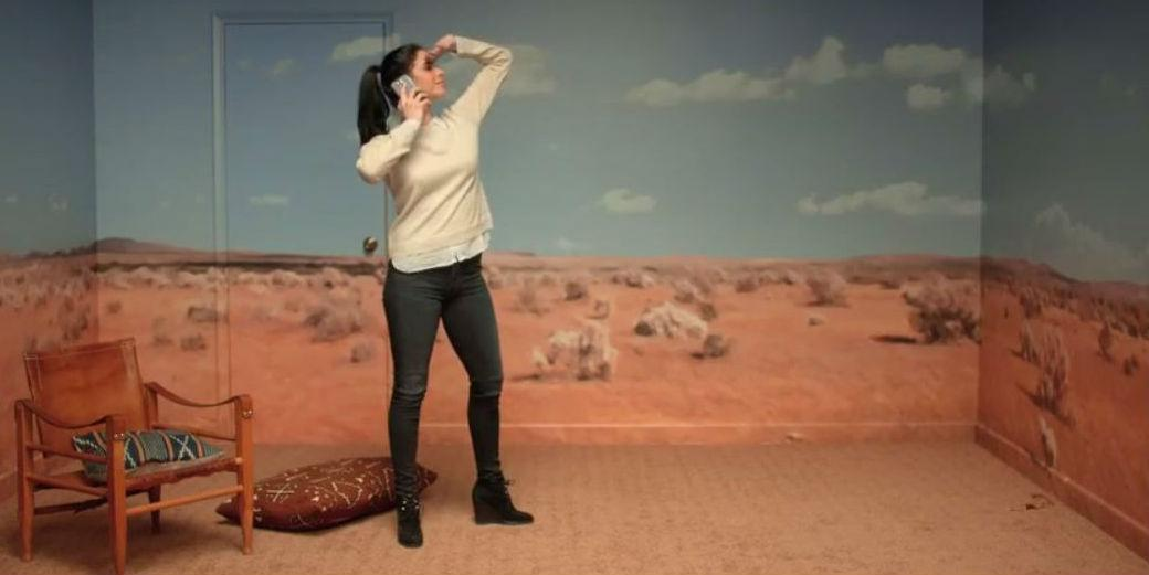 Watch @chelseahandler and @sarahksilverman in T-Mobile's Super Bowl Teaser http://t.co/iFuTzXxPU8 http://t.co/99HhBOANax