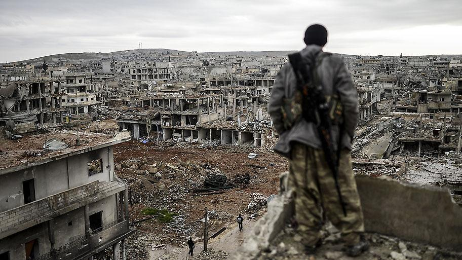 Kobane, Syria. Photo: Bulent Kilic/AFP http://t.co/mjJF9BBegx