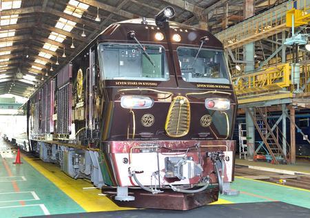 【寝台列車「ななつ星」、ライバルは豪華客船】 人気は衰え知らず、平均競争倍率は22倍:  bit.ly/1yVhakL pic.twitter.com/u3jz9PWxOy
