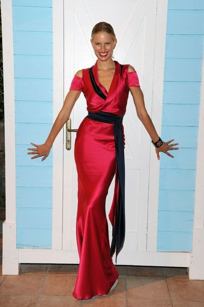 Lady in Hot Pink:) Dress by @sophietheallet  #kkstyle http://t.co/OHErVXQJkc