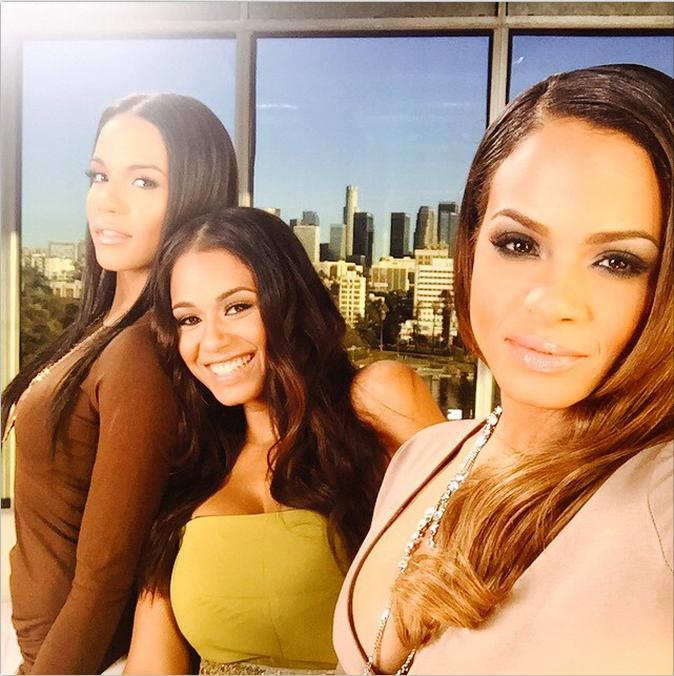 RT @Buttercup_B: Meet The Milians: 25 Pics Of @ChristinaMilian & Her Fine Ass Sisters Danielle & Liz http://t.co/MhftkCdPqi http://t.co/06E…
