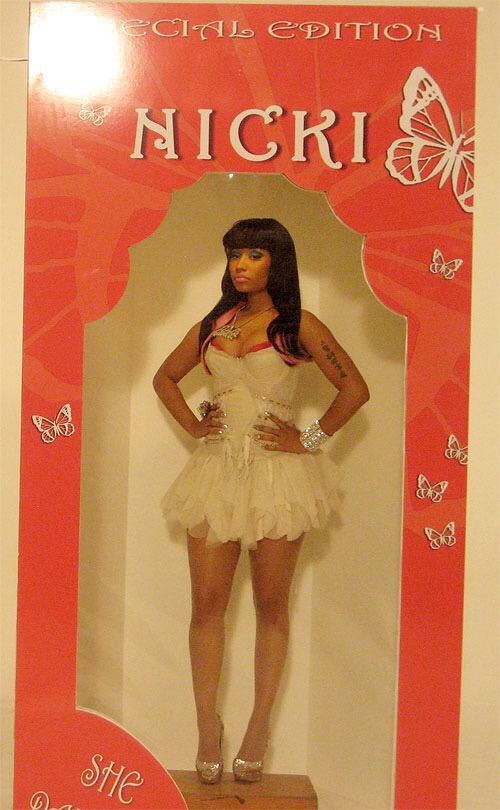 Nicki minaj blow up doll