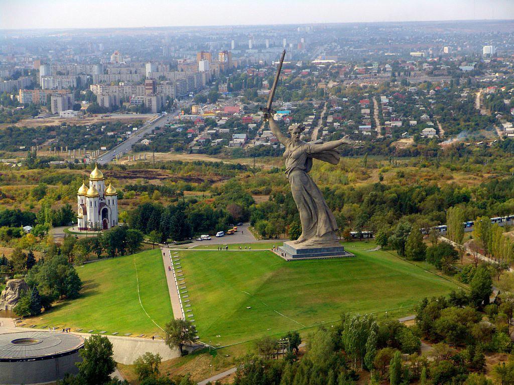 """Вот она - настоящая """"Статуя Свободы""""! Если согласны, делайте  ретвит! http://t.co/0jcZUiFS6i"""