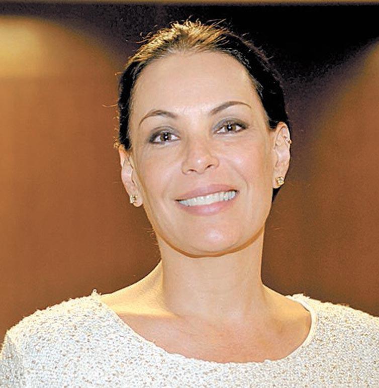 Processo de Carolina Ferraz contra site pornô pode mudar registro na internet http://t.co/wX6SeFKHXt http://t.co/fEOMDhsSwM