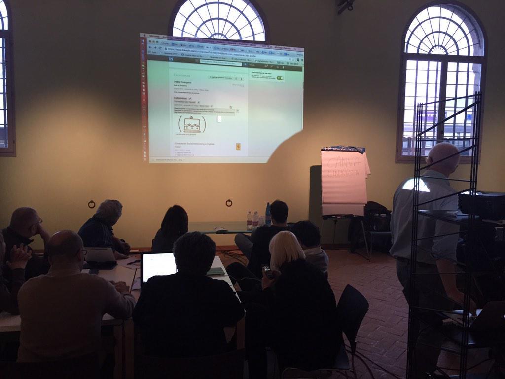 #ADRussi15 @michelevianello @LisaCortesi @DigitalChampITA @AleDD78 Ora impariamo a cercare lavoro con #LinkedIn http://t.co/FbUV63OBbA
