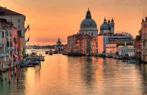 TY for the RT! .@wsv128 @FPMRenovations @lancelot3591 @OrigamiUwe @rappven By @vitali_giuseppe: #Venice #Italy #art http://t.co/2iIhhD5Wvg
