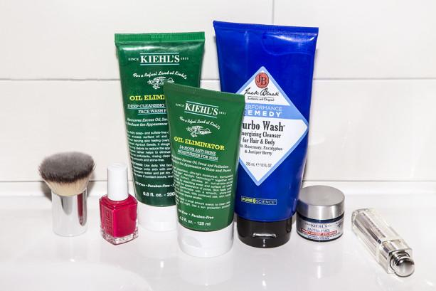 The products to steal out of your manfriend's medicine cabinet. http://t.co/h3PhAN9ryq http://t.co/9LCADflNCn