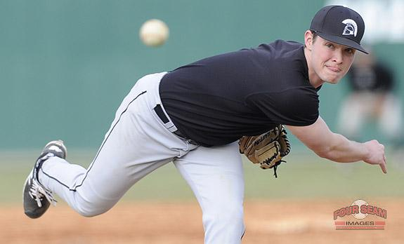 Pitcher Tanner Petrey (27) of USC Upstate @UPSTBSB delivers a pitch in today's intrasquad scrimmage. http://t.co/Cs5nye6Wjj