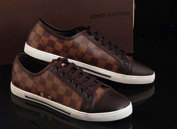 Louis Vuitton men shoe