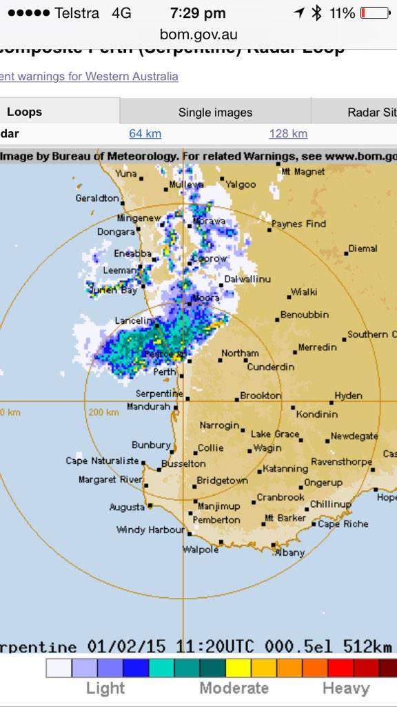 Storm approaching #perth from the north #lightning #thunder http://t.co/raYfl8beOa