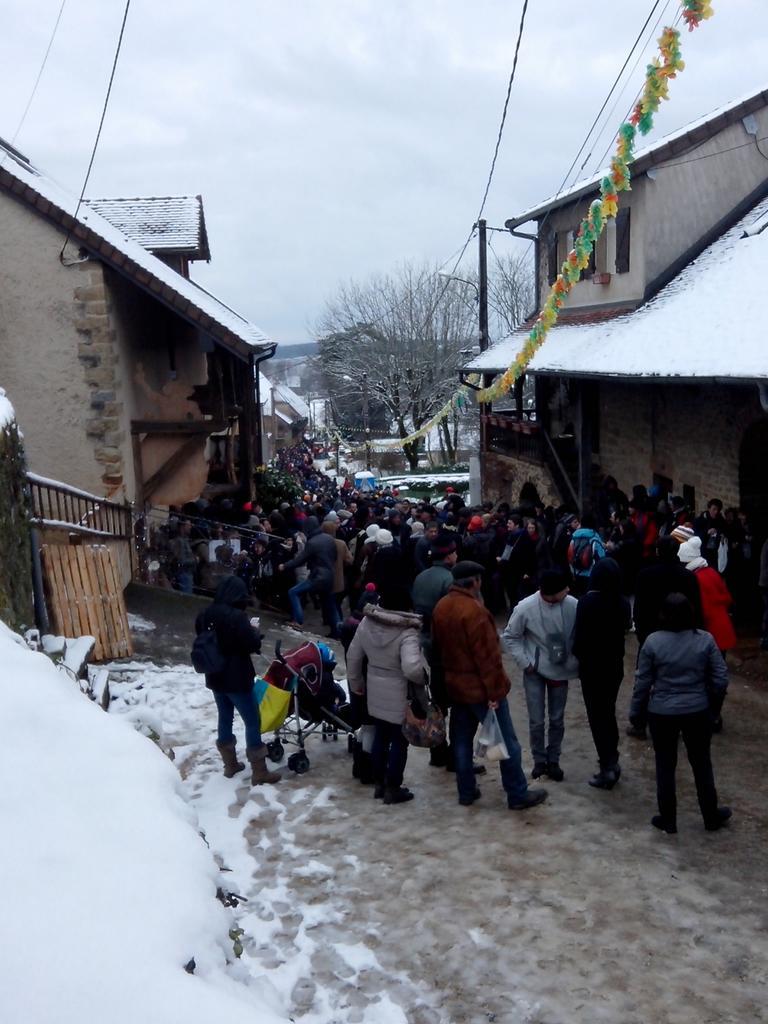 La #PerceeDuVinJaune sous la neige #Montigny #pvj2015 http://t.co/OU9JCEsIgr