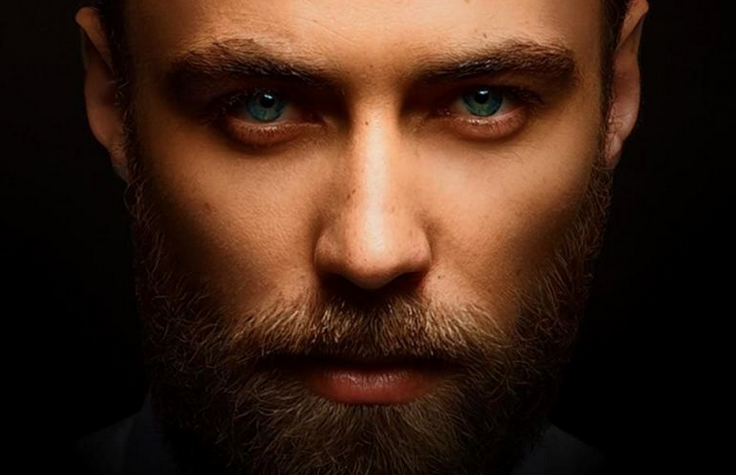 James Middleton is sex personified on the cover of @TYDMAG and talks being K-Mid's brother: http://t.co/1LY7qA5aBy http://t.co/thPNMxlmZl