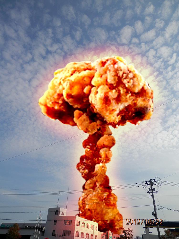 今日ツイッターで見たけど、ほんとだ。唐揚げすげえ爆発みたい pic.twitter.com/bGizZcidF0