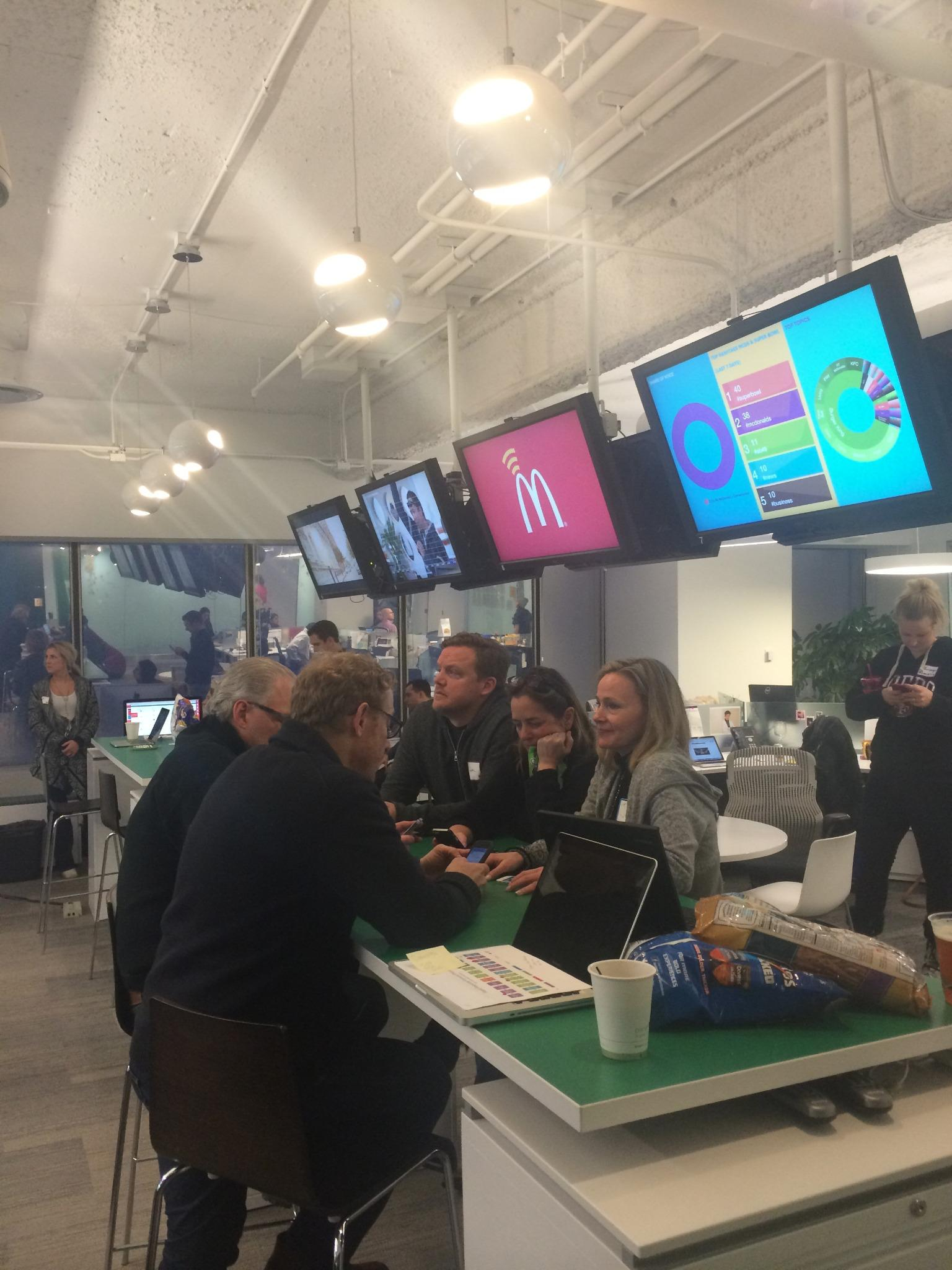 "RT @krystledarling: ""@LeoBurnett: A whole lotta lovin' in this @McDonalds #SB49 war room #superbowlprep http://t.co/yLOG7GkRMH"" @adage"