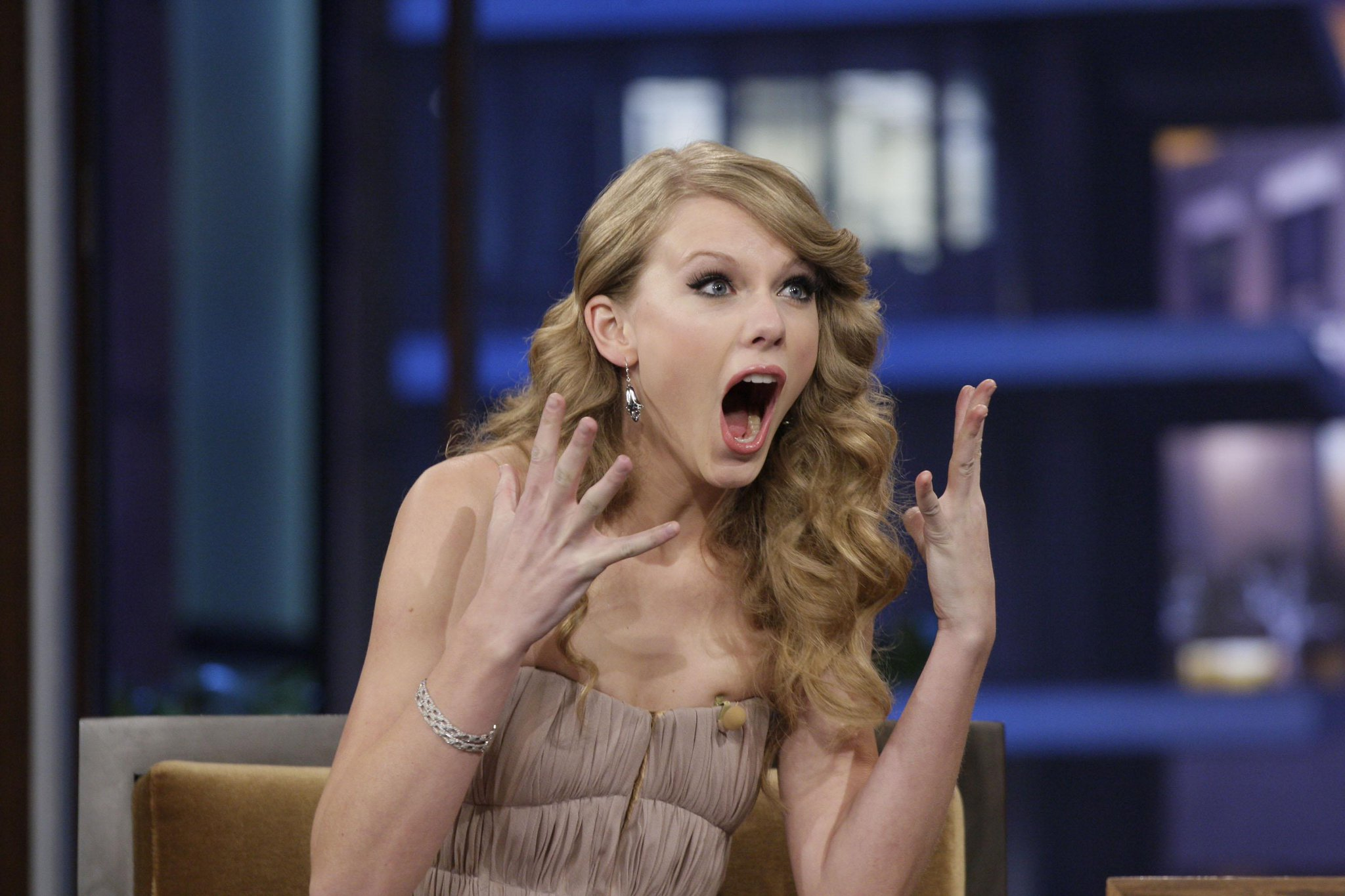 You're Gonna Lose It When You Hear Who Taylor Swift Just Added to Her 1989 Tour http://t.co/ua80HpeXI4 http://t.co/IUXZbXqQcm