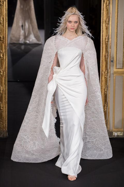 36 couture gowns that will change your secret wedding Pinterest board FOREVER: http://t.co/NWcq0rPgbr http://t.co/GLNWxeBtJa
