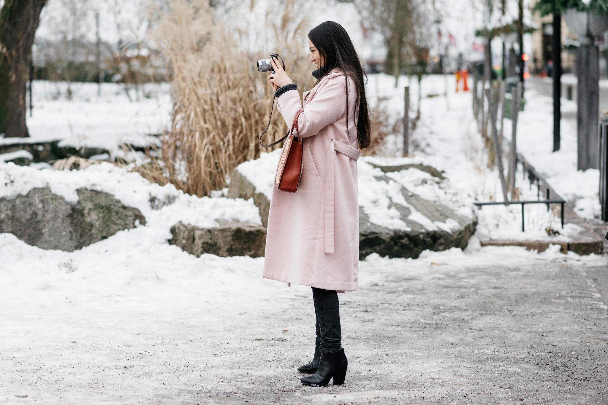 When it comes to simple, ladylike outerwear, you can't go wrong with a pink overcoat. http://t.co/QjNPO0eN8s http://t.co/2JZYE5OVOr