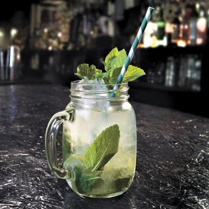 Finally dry january is OVER! Here's how to make the perfect mojito to celebrate http://t.co/ITdFlmgAhk http://t.co/w2ssSuBKtP
