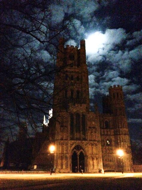 Stunning moonlit @Ely_Cathedral tonight, especially with those wispy clouds scudding across the sky. http://t.co/aHymObcyS9
