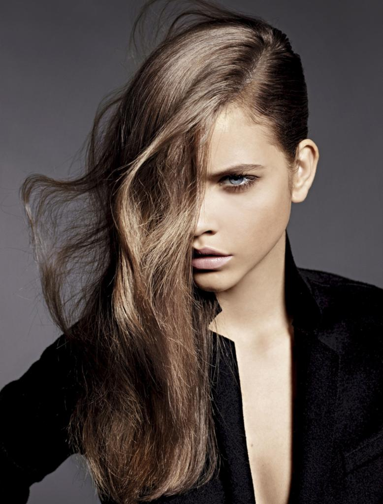 In a rush? 5 pro tips for the fastest blow-dry of your life: http://t.co/l288wnweyg http://t.co/INldZHrynl
