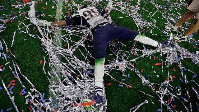 He was too excited #SuperBowlXLIX #FOX25 http://t.co/Rk2GdS5fQ0